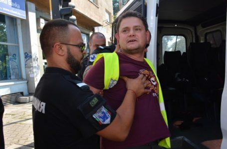 Петър Кърджилов отива на съд за хулиганство, заради професионална скандалджийка!
