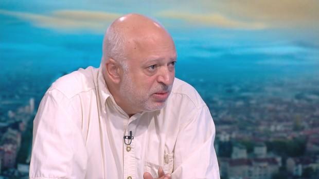 Професор Минеков: Виновна е реката