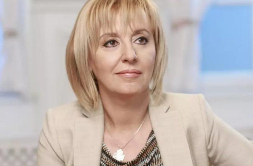 Тази вечер Мая Манолова отговаря на въпросите на Протести 20-21