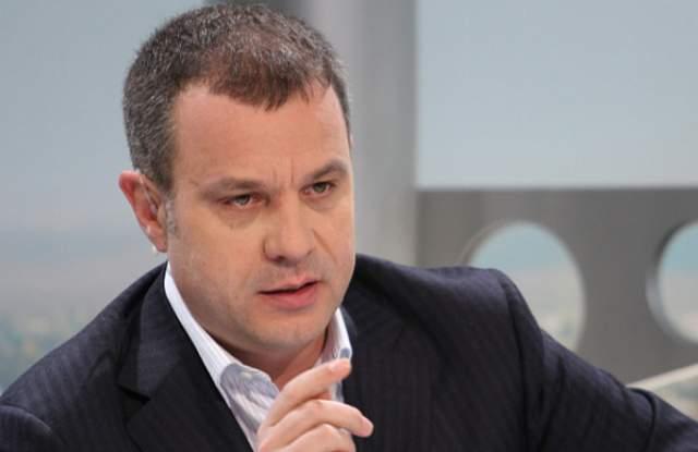 Емил Кошлуков напуска поста генерален директор на БНТ?